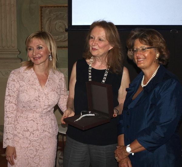 Damiani 90th Anniversary exhibition in Florence - Consegna gioiello Chakra