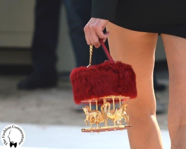 Carousel bag - Streestyle outside Valentino - Paris Fashion Week