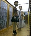 Savage Beauty London - room 3 - golden dresses - credits Smudgetikka